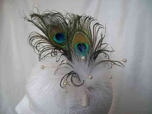 Ivory Victoriana Burlesque Style Peacock Feather Fascinator