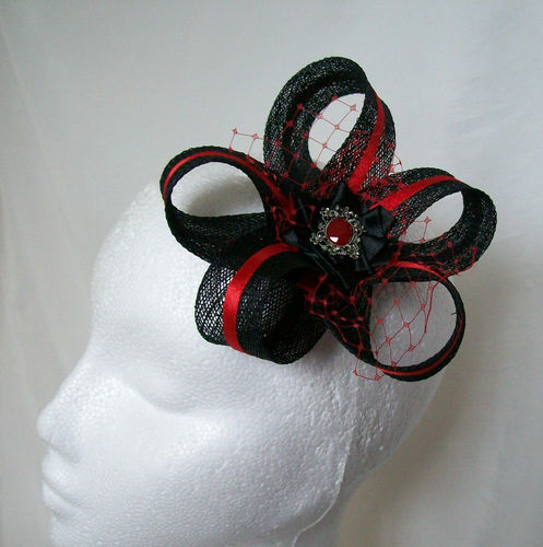 Black and Red Mia Sinamay Loop Feather Fascinator Hair Clip
