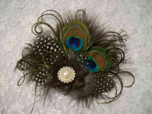 Chocolate Brown and Ivory Little Gem Peacock Feather Hair Clip