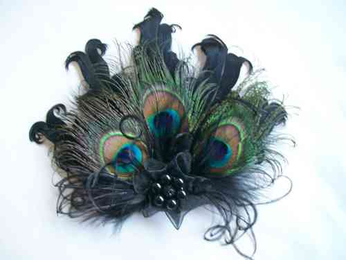 Black Daphne Vintage Style Peacock Feather Hair Clip