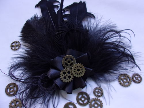 Black Steampunk Peacock Feather with Brass Cogs Brooch Buttonhole