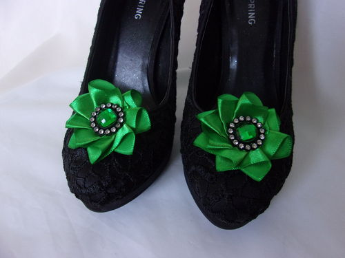 Emerald Green Satin Ruffle Shoe Clips