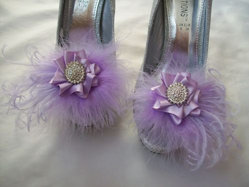 Lilac Feather Shoe Clips