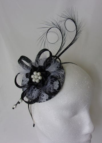 Black and White Lace Isadora