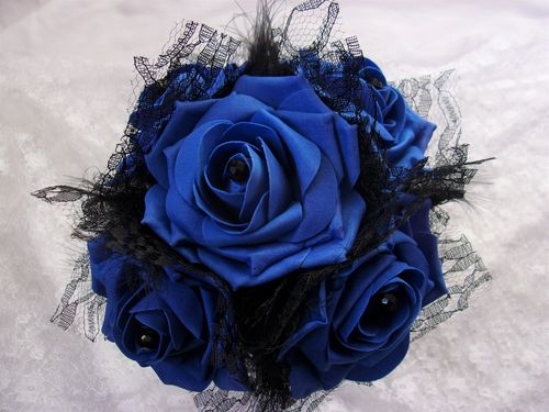 Royal Blue & Black Posy